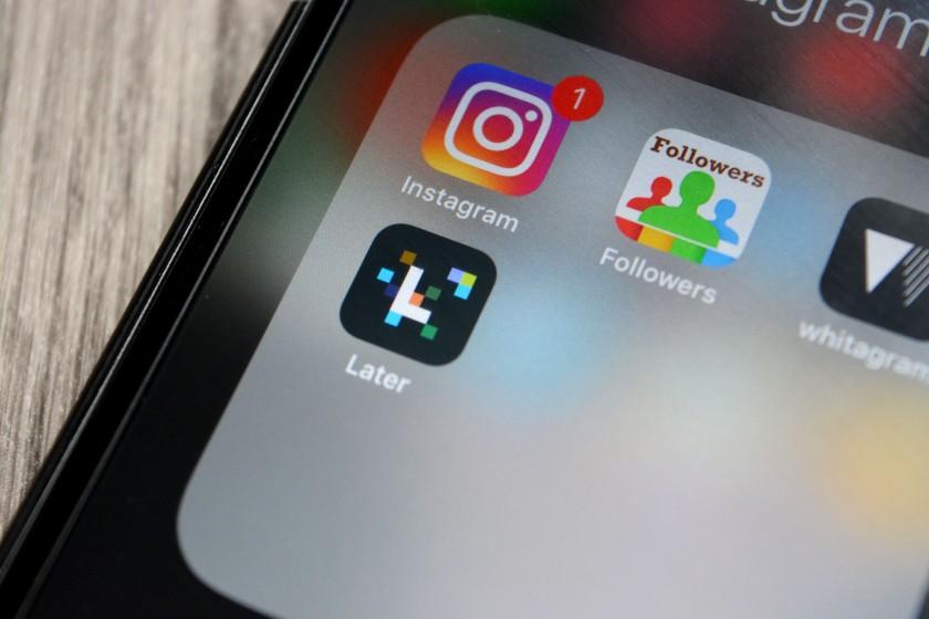 Apple, Instagram, Social Media,